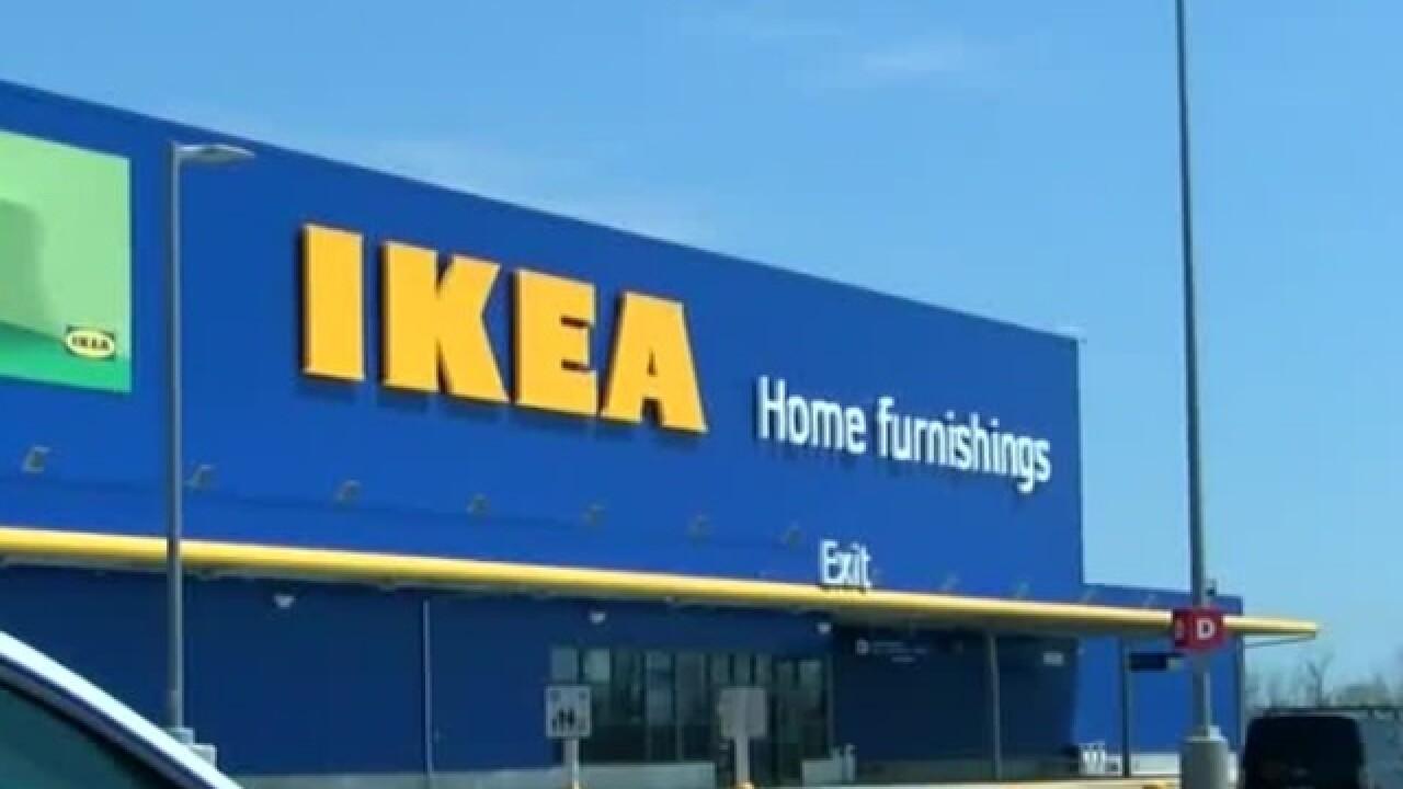 Ikea Oak Creek S Sidewalk Sale Is This Weekend