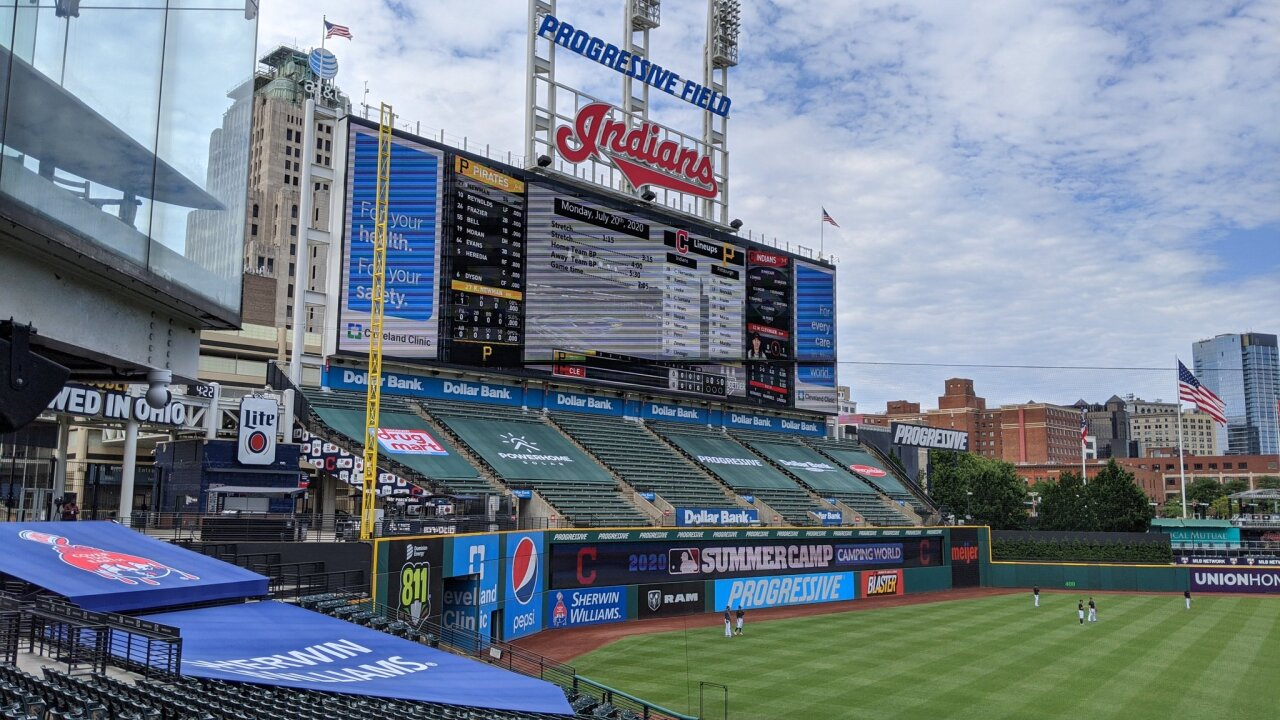Cleveland Indians to discuss possible name change with Native American leaders