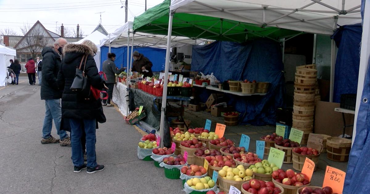 Winter farmers markets thriving despite pandemic