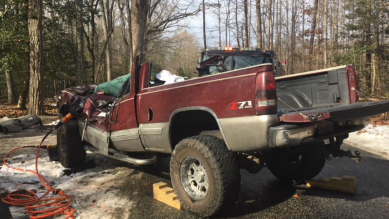 Pick-up truck driver killed, 5 kids hurt, on icy Virginia road
