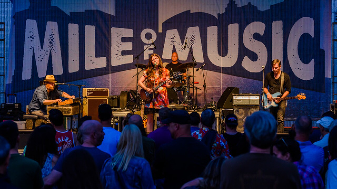 'Mile of Music' kicks off in Appleton