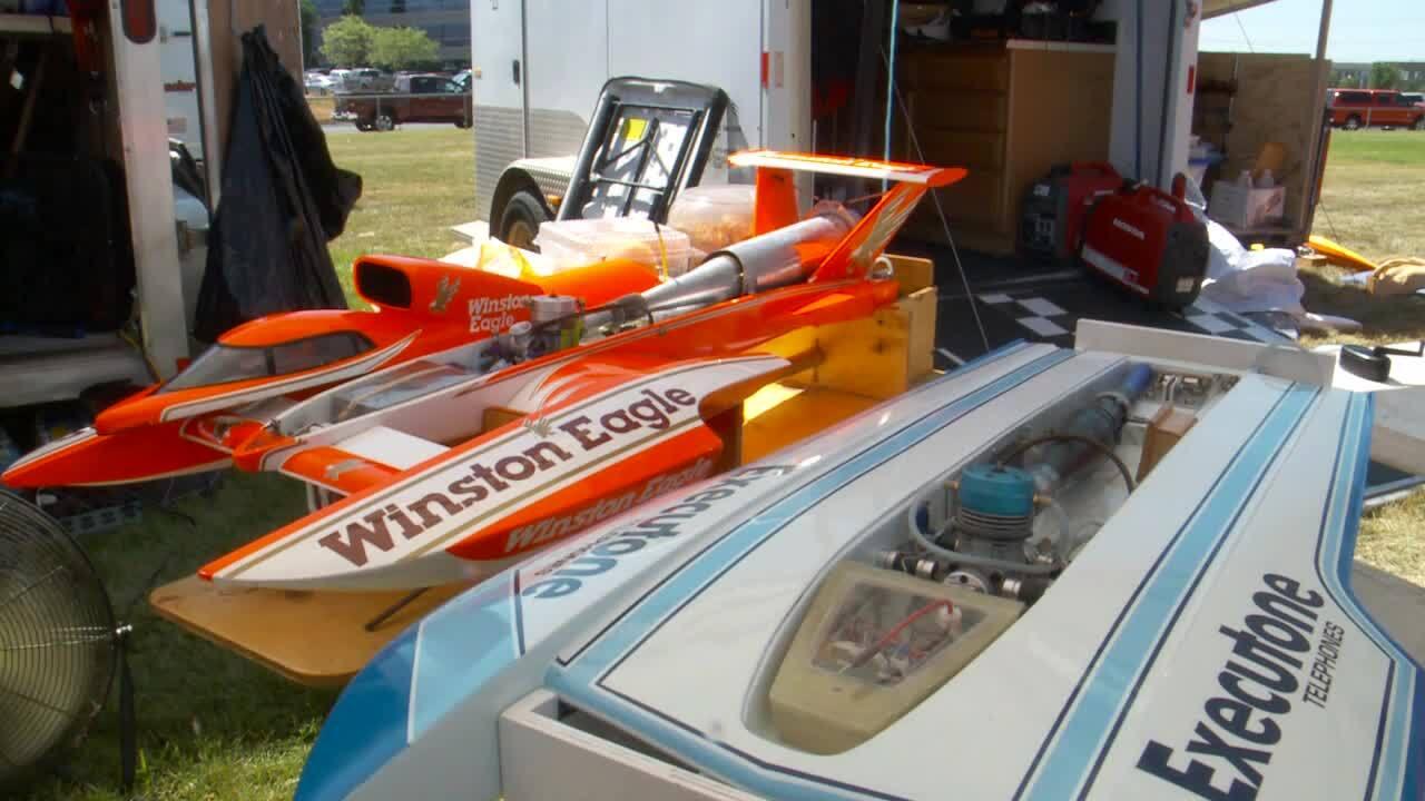 Decker Lake hosts Nitro R/C boatnationals