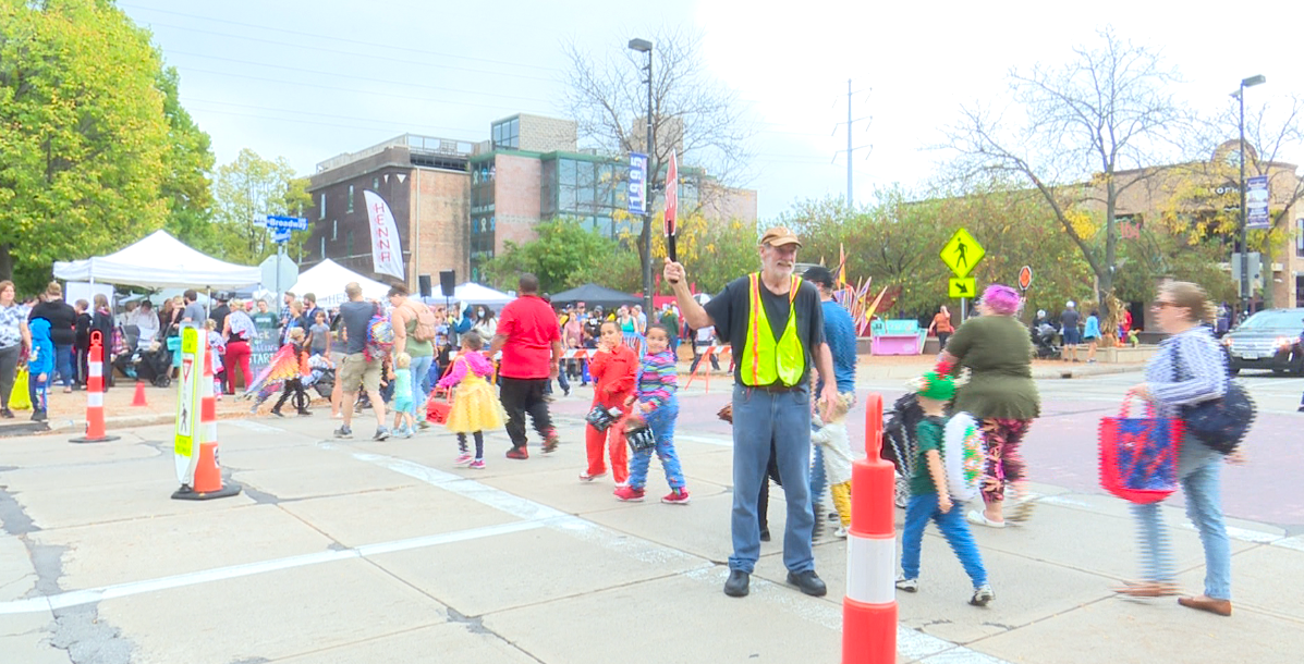 Families get into the Halloween spirit early with 'Fall Fest'
