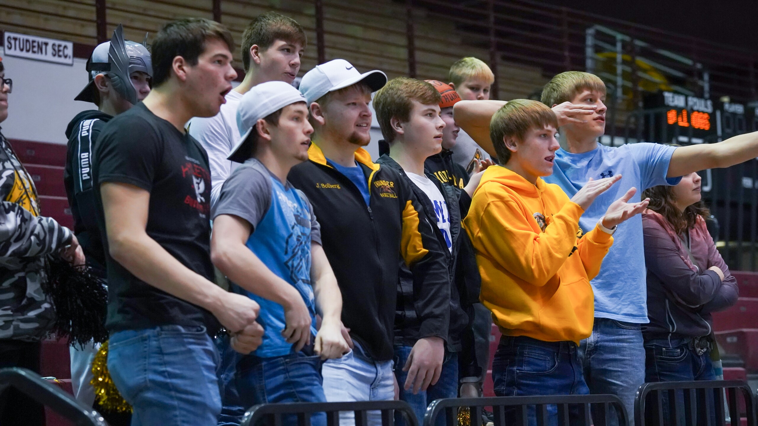 Westby-Grenora basketball fans