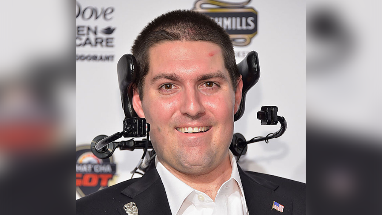 Pete Frates: Man who helped spread 'Ice Bucket Challenge' dies of ALS at 34