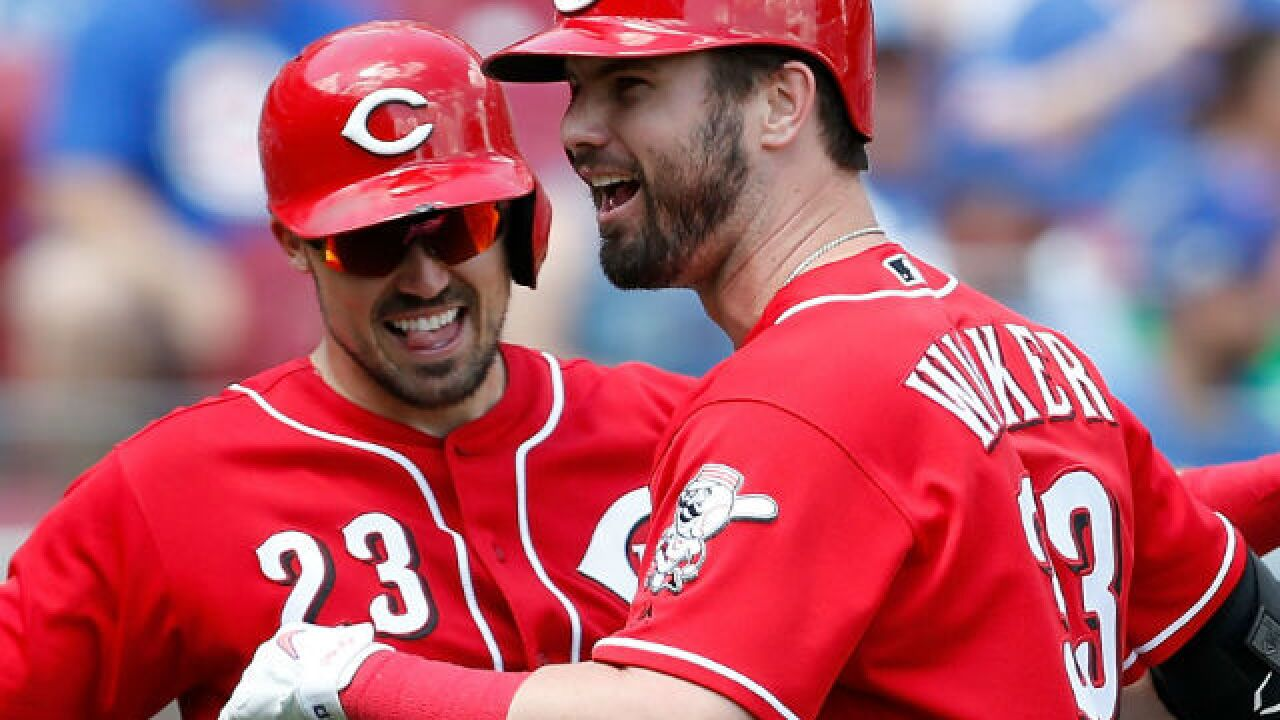Angels in the outfield? Reds rally past Cubs with seven-run seventh  for seventh straight win