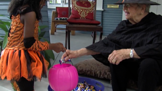 Four smart rules to be safe trick-or-treating