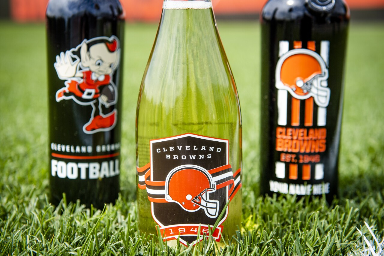 Browns themed wine