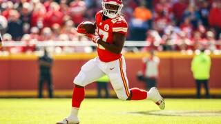 REPORT: NFL, Chiefs did not request Kareem Hunt video