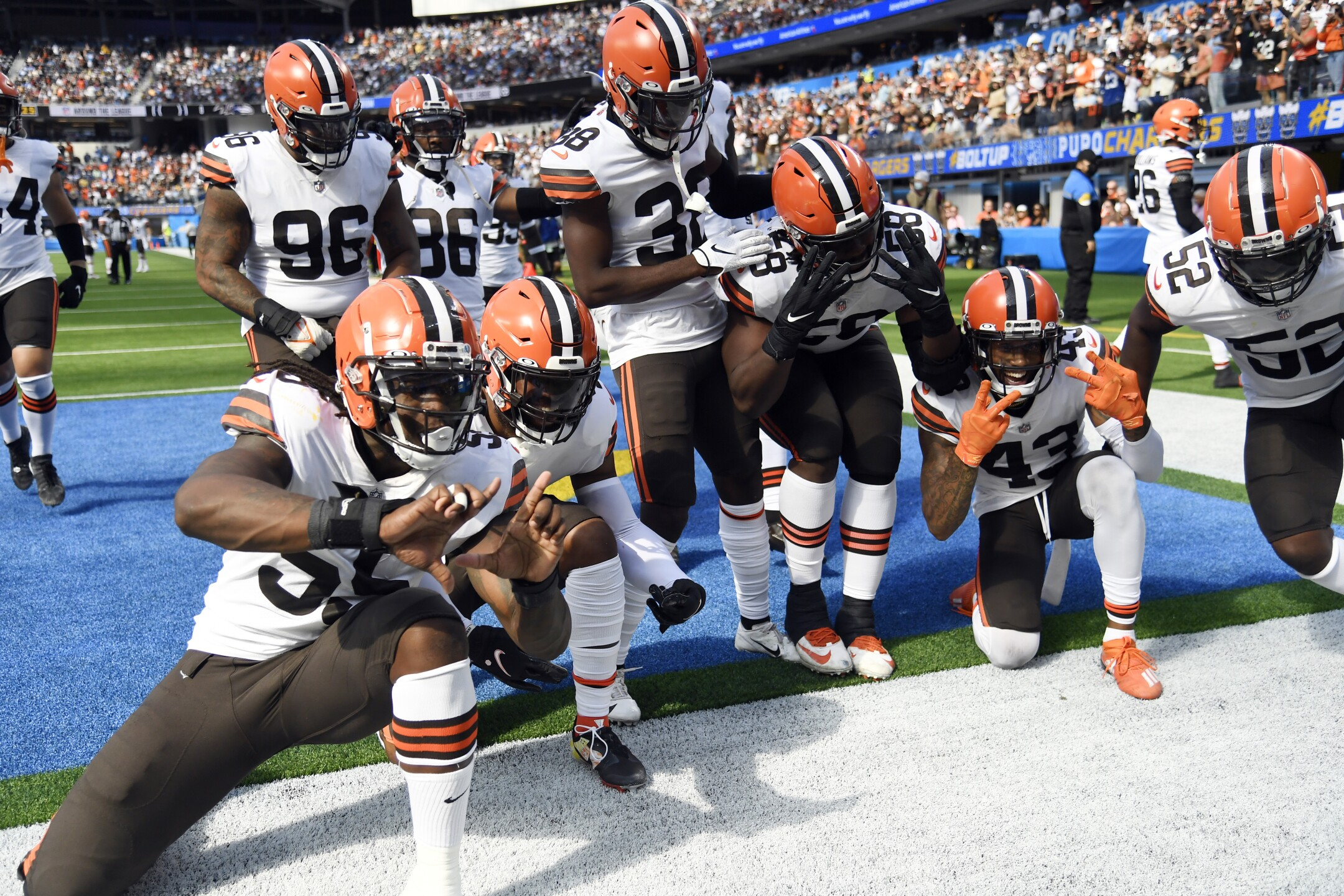 Browns Chargers Football