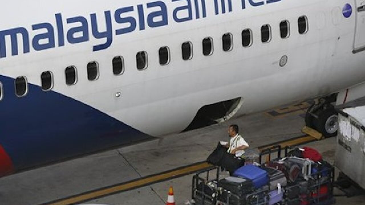Malaysia Airlines lifts decried bag ban