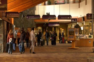 Bozeman airport sees busy Thanksgiving week