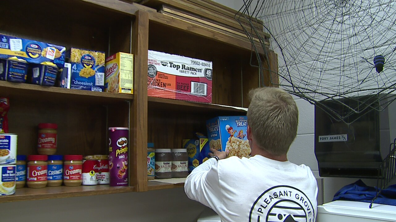 Students at Pleasant Grove High open food pantry to help classmates in need