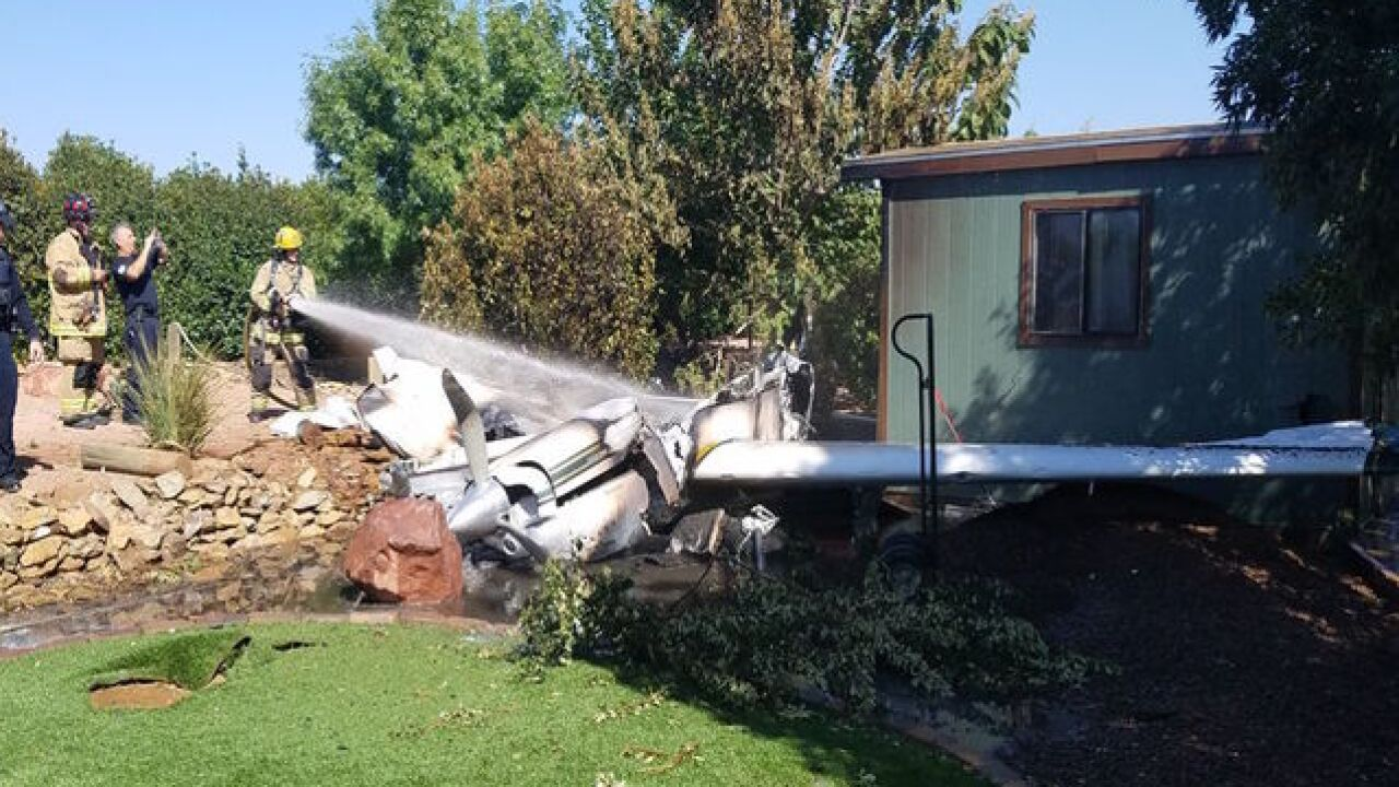 Plane crashes into Cottonwood backyard