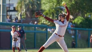 Softball Shuts Out Syracuse To Open Series