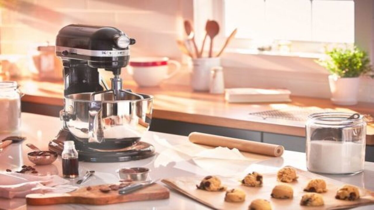 Amazon Prime Deals: What To Know About Stand Mixers