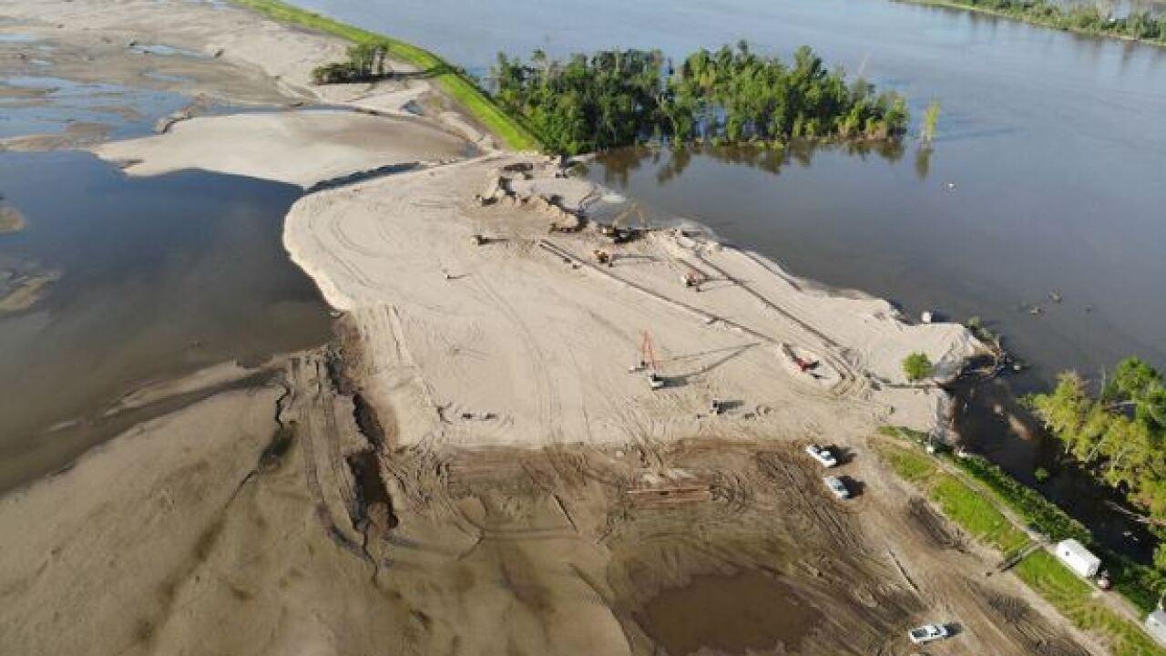 levee breach repair2.JPG