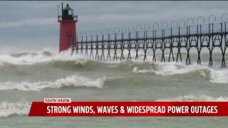 60 mph winds causing 15-foot waves on South Beach in South Haven