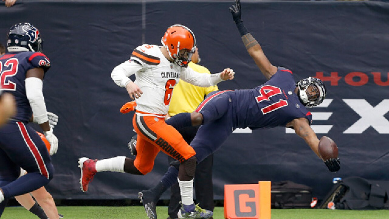 IMAGES: Cleveland Browns fall to Texans, 29-13
