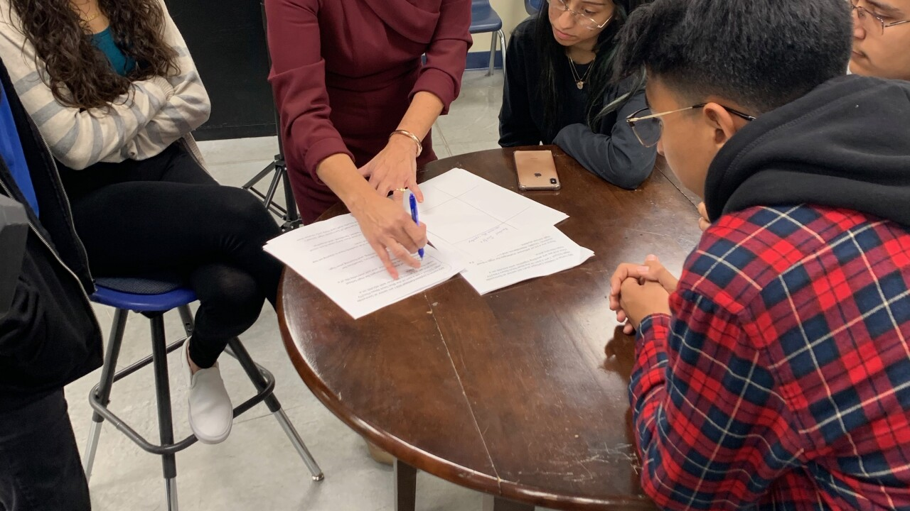 Arizona High School students tackle news literacy in 2020
