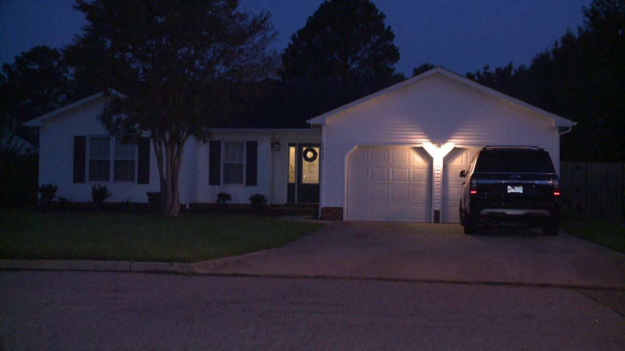 Virginia Beach Police investigate after male suspect shot, 2 womenassaulted
