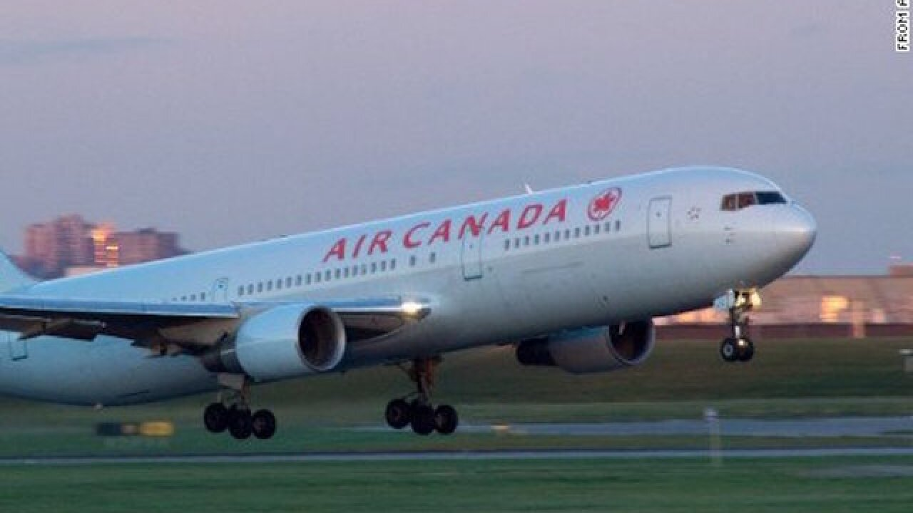 Air Canada plane nearly lands on a crowded runway at San Francisco airport