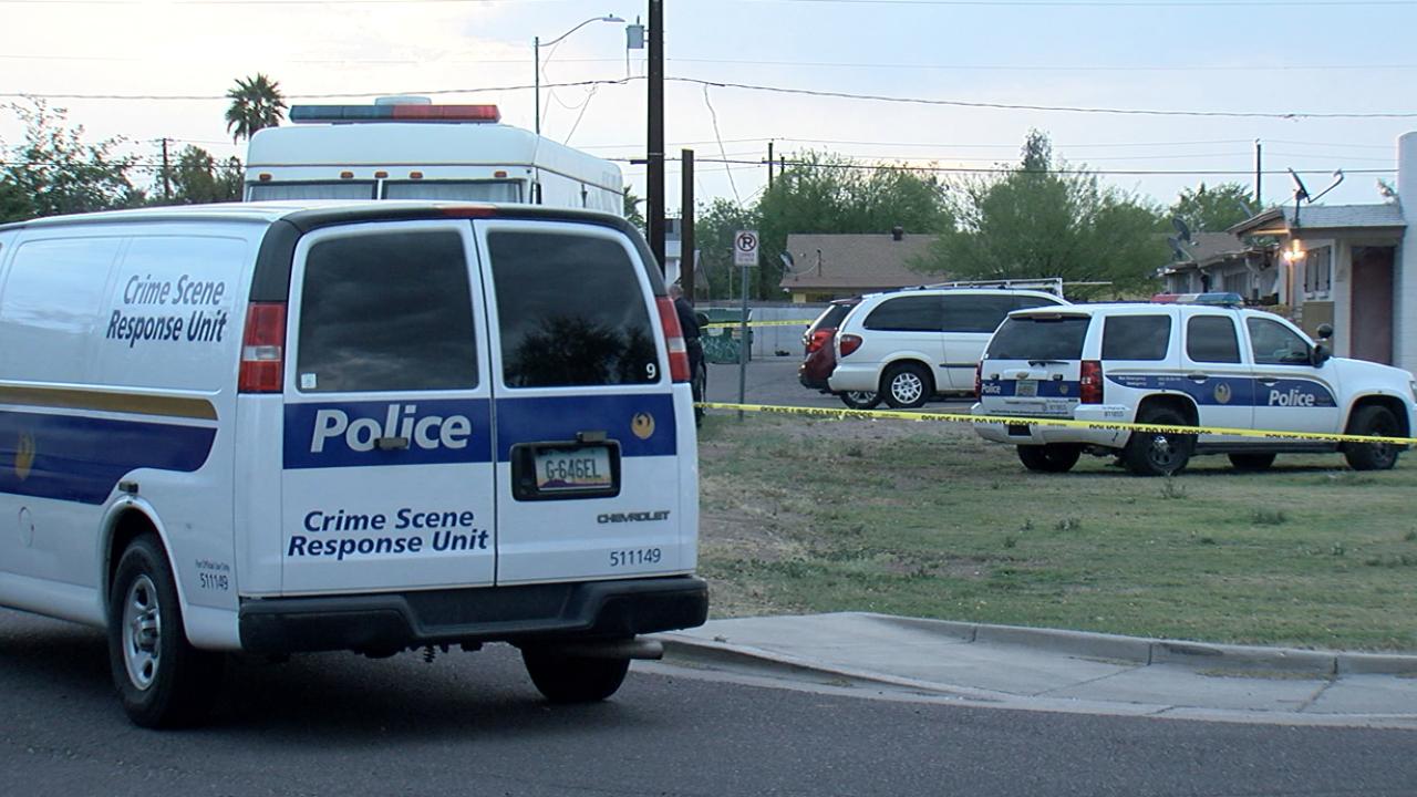 Police: 1 dead, 2 hurt after shooting in west Phoenix
