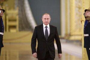 Kremlin criticizes Trump ad, sees 'demonization' of Russia