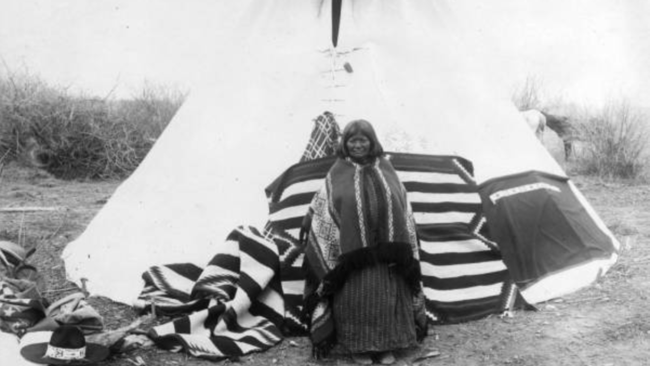 Utah jumps into a Ute Tribe lawsuit staking claim to 2 million acres of land and a billion dollars inreparations