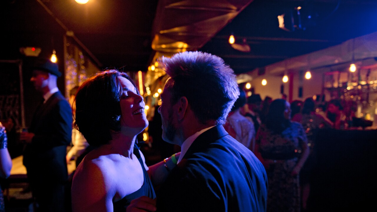 Revelers Filled Downtown Cincinnati Parties On New Years Eve To Ring In 2017 Kim Korson
