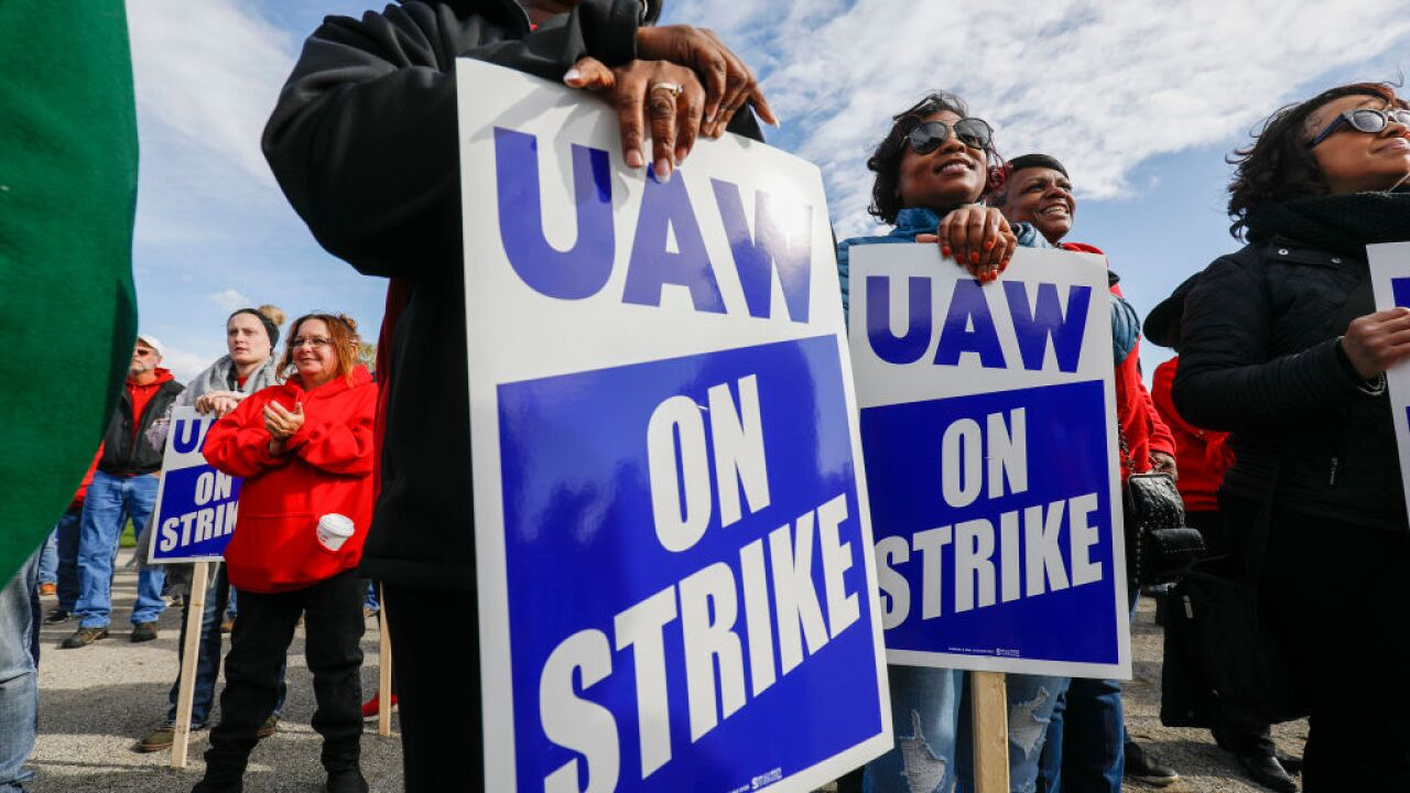 UAW strike getty images photo