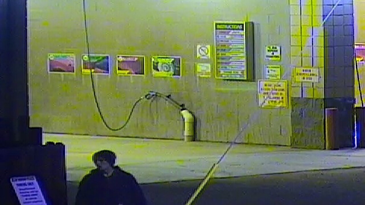 ACSO seeking two suspected burglars in Star