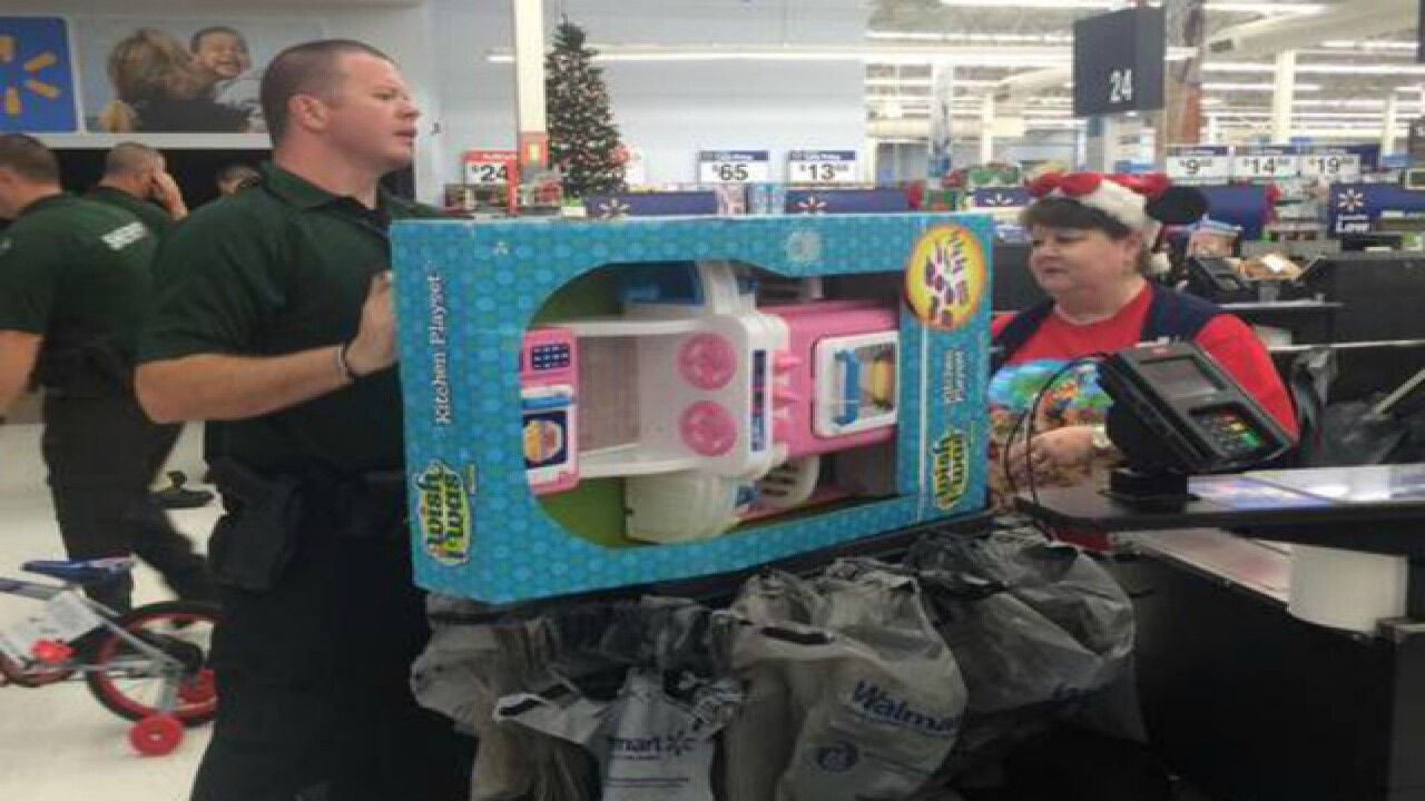 Shop with a Cop event in Hernando benefits...