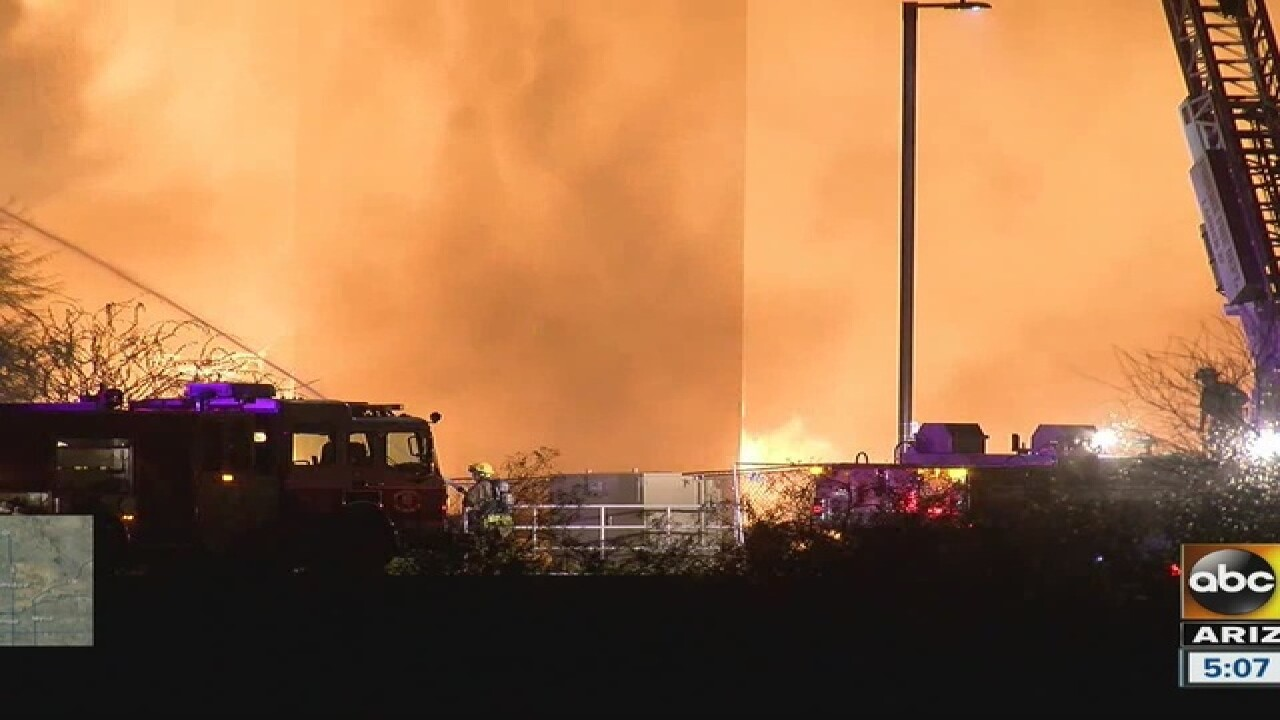 Crews fighting large fire in North Phoenix