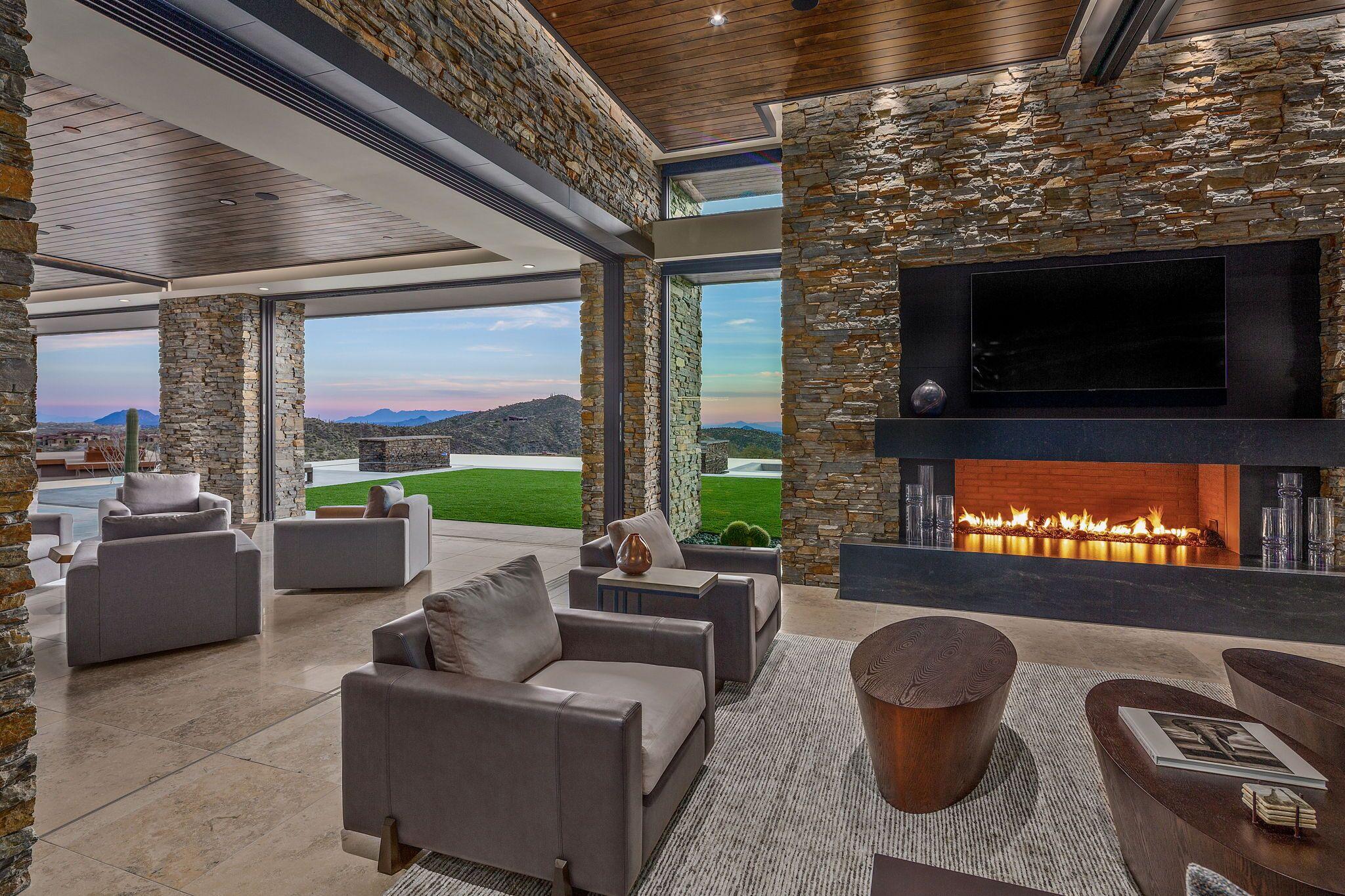 9300+E+Grapevine+Pass+Scottsdale-13-WebQuality-Living+Room+Views.jpg