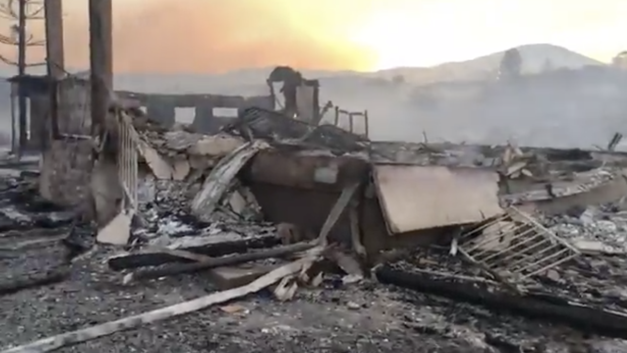 Valley Fire destroys homes