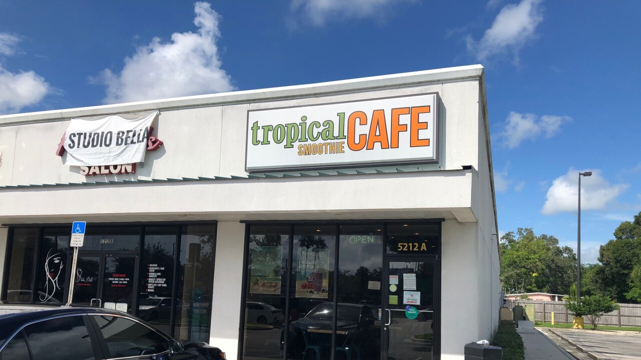 Tropical Smoothie Cafe, where customer was shot in face