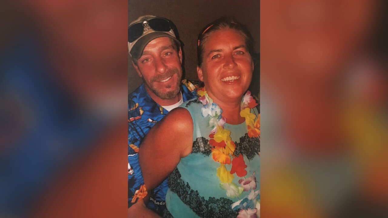 New Hampshire couple found buried on Texas beach near campsite