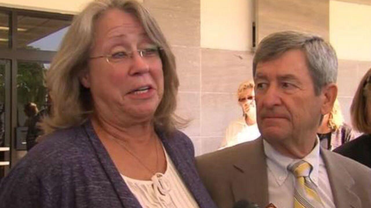 Judge tells deadlocked jury to keep deliberating