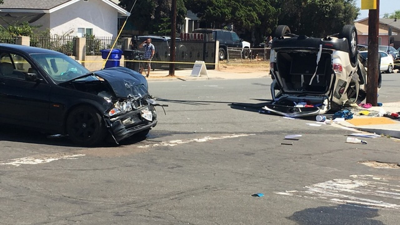 Shooting, crash investigated in Lincoln Park