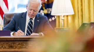 biden signs 1.9t stimulus
