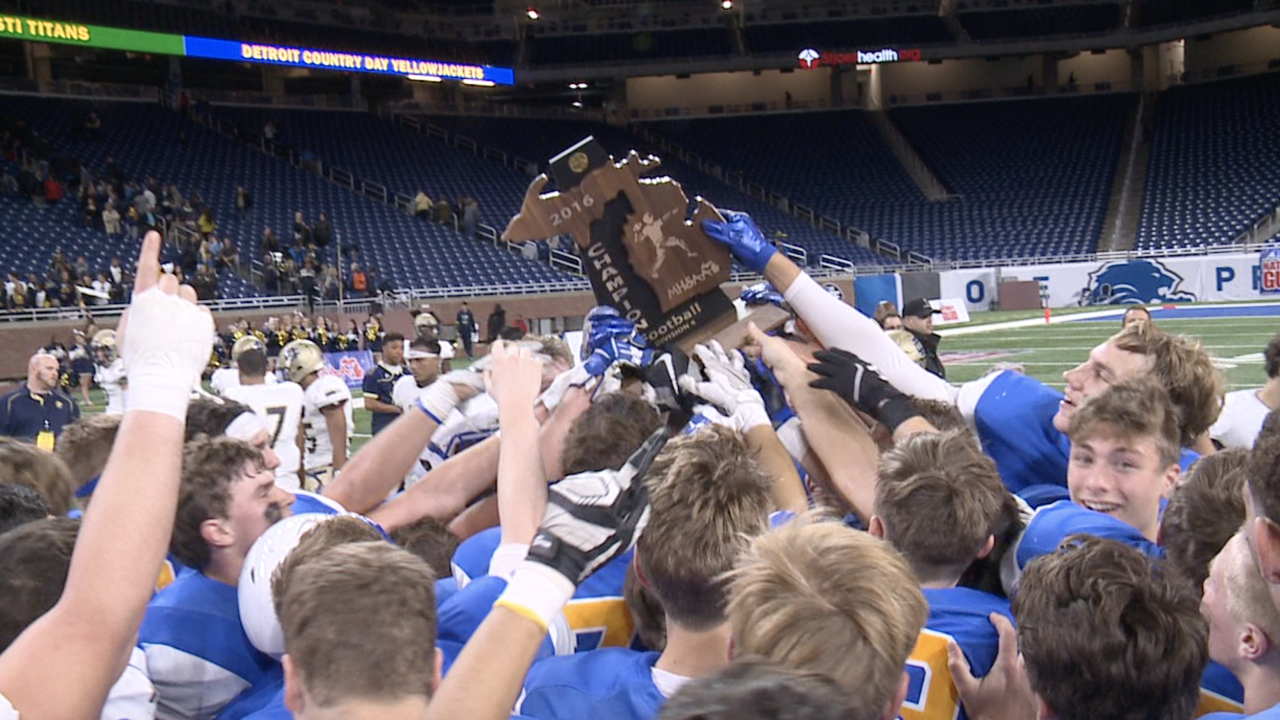 A look back at Grand Rapids Catholic Central's state championship in 2016