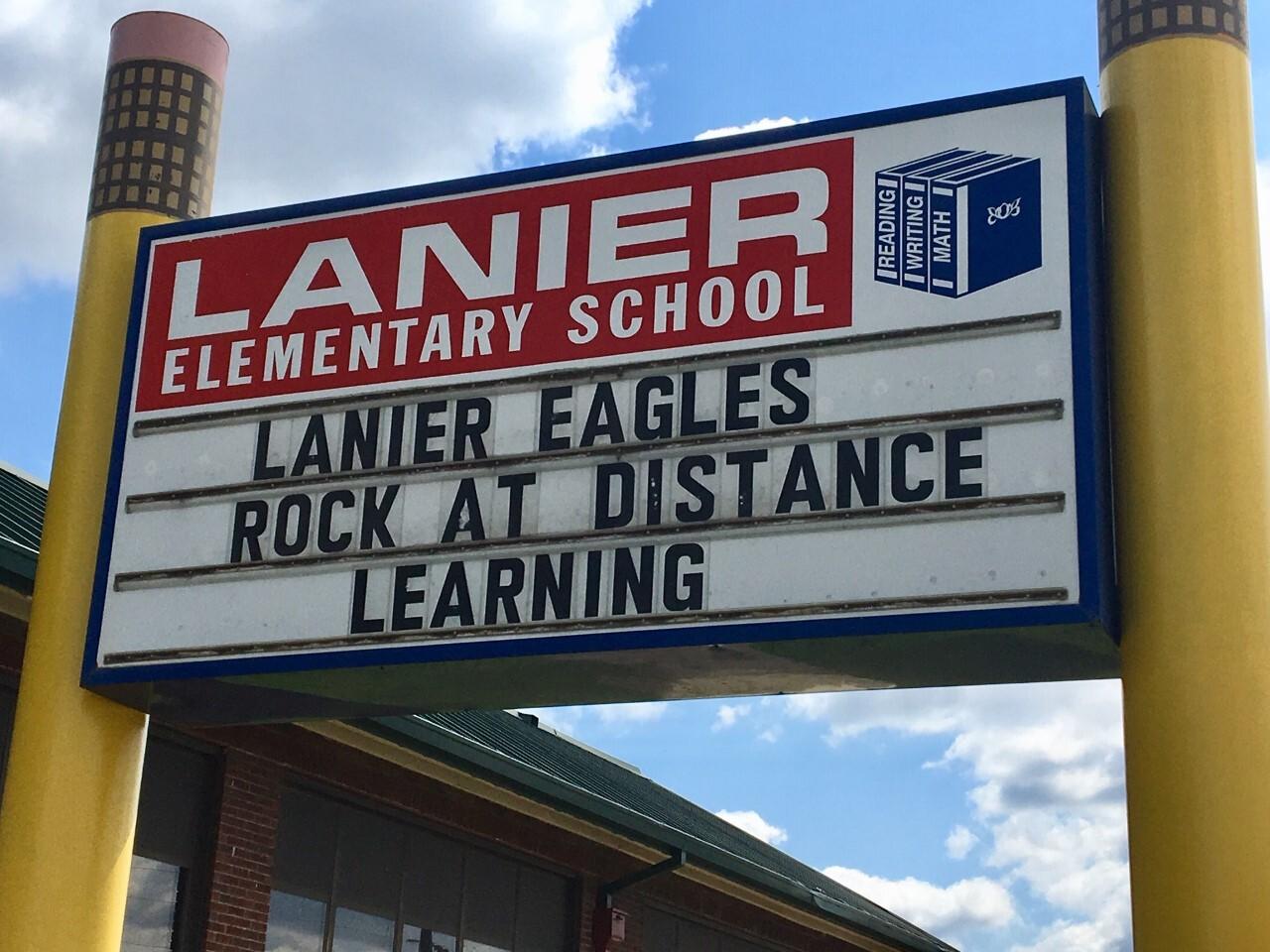 Lanier Elemmentary School - Lanier Eagles Rock sign
