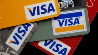 A cheapskate's guide to shopping for credit cards
