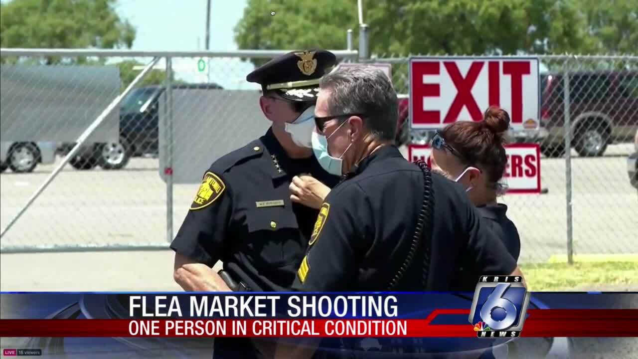 Five people wounded in San Antonio flea market shooting