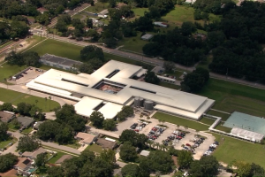 12-year-old Florida girl arrested for posting school shooting threat on Snapchat, police say