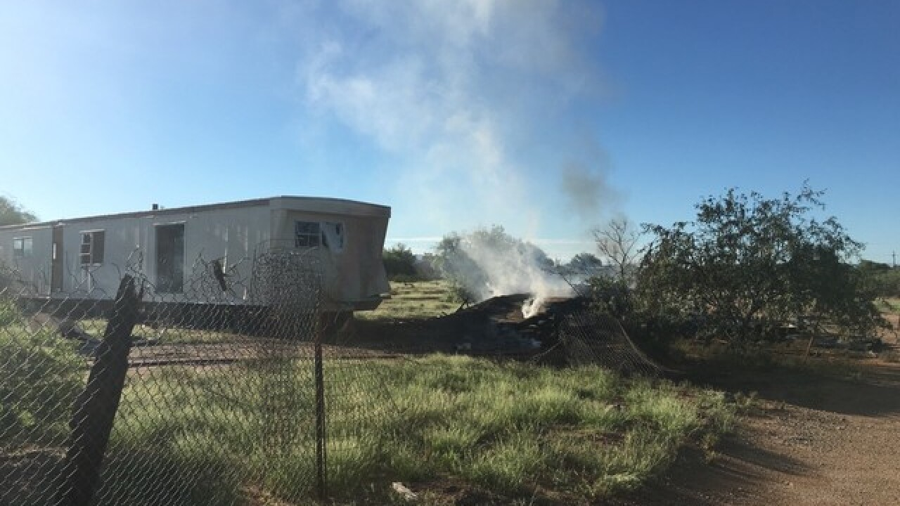 Crews put out Avra Valley mobile home blaze