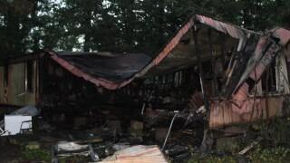 Ville Platte mobile home fire.jpg