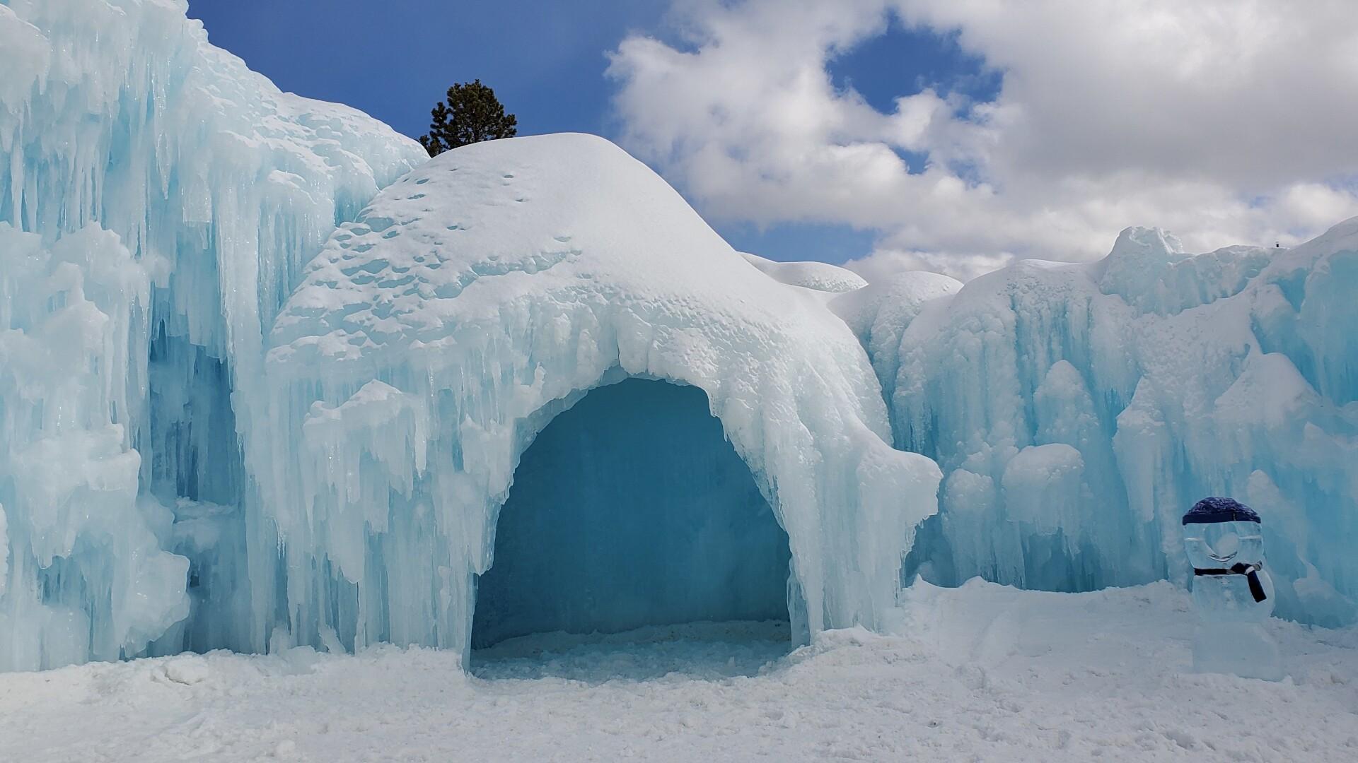 Ice Castle Sarah Murphy.jpg