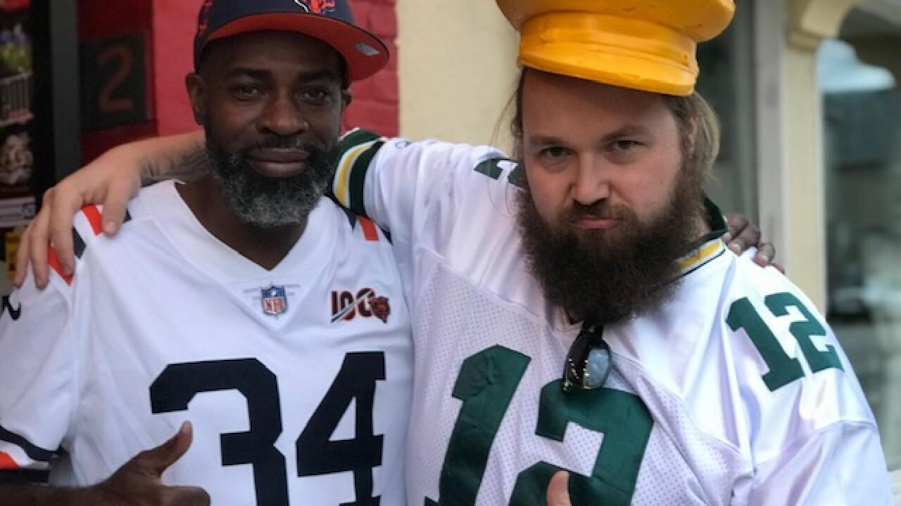 Bears Packers friends 2.jpg